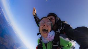 Parachutisme-Tauranga-Tandem skydive from 10,000ft in Tauranga-1