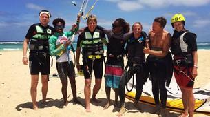 Kitesurf-Sal-Kitesurfing lessons near Santa Maria, Cape Verde-3