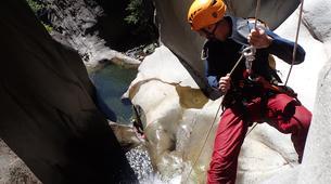 Canyoning-Cirque de Cilaos-Canyon Fleur Jaune, Cirque de Cilaos à la Réunion-5
