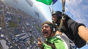 Parachutisme-Tauranga-Tandem skydive from 10,000ft in Tauranga-3