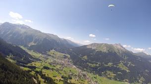 Parapente-Klosters-Summer tandem paragliding flight in Klosters-6