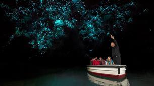 Caving-Waitomo-Glowworm Cave tour in the Waitomo Caves-4