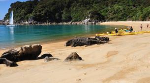 Sea Kayaking-Abel Tasman National Park-Day Kayaking Tour in Torrent Bay-1