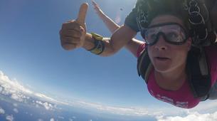 Parachutisme-Moorea-Saut en parachute tandem à Moorea en face de Tahiti-2
