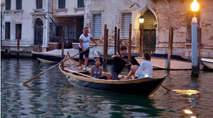 Kayaking-Venice-Evening Traditional Rowing Lesson in the Grand Canal, Venice-6