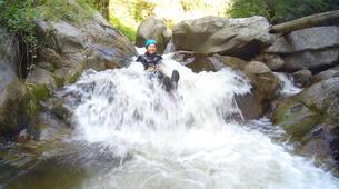 Canyoning-Thuès-Entre-Valls-Canyon d'Eaux Chaudes de Thuès dans les Pyrénées Orientales-2