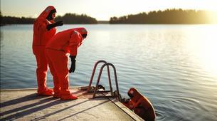 Snow Experiences-Helsinki-Survival Suit Floating in Helsinki-2