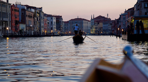 Kayaking-Venice-Evening Traditional Rowing Lesson in the Grand Canal, Venice-5