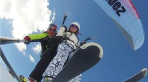 Paragliding-Alpe d'Huez Grand Domaine-Tandem paragliding flight in Alpe d'Huez-6