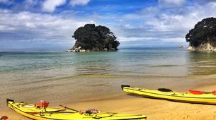 Sea Kayaking-Marahau-Kayak Excursion to Observation Beach in Abel Tasman National Park-4