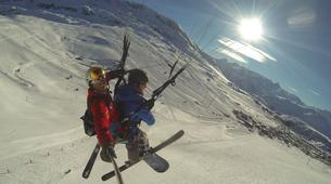 Paragliding-Alpe d'Huez Grand Domaine-Tandem paragliding flight in Alpe d'Huez-3