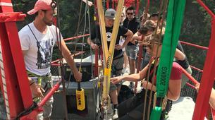 Saut à l'élastique-Niouc-Saut Pendulaire du Plus Haut Pont Suspendu d'Europe, Niouc-4