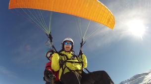 Paragliding-Alpe d'Huez Grand Domaine-Tandem paragliding flight in Alpe d'Huez-4