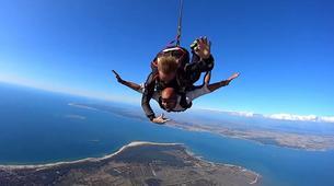 Skydiving-Soulac-sur-Mer-Tandem Skydive in Soulac-Sur-Mer near Bordeaux-3