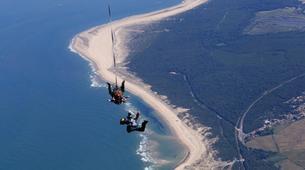 Skydiving-Soulac-sur-Mer-Tandem Skydive in Soulac-Sur-Mer near Bordeaux-1