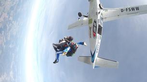 Skydiving-Westerwald-Tandem Skydiving in the Westerwald, near Frankfurt-5