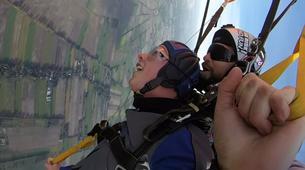 Skydiving-Hamburg-Tandem Skydiving near Hamburg-3