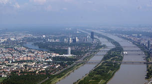 Helicopter tours-Vienna-Scenic helicopter flight over Vienna, from Gablitz-2