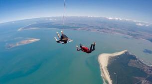 Skydiving-Soulac-sur-Mer-Tandem Skydive in Soulac-Sur-Mer near Bordeaux-5
