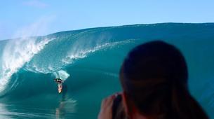 Surf-Tahiti-Observation en bateau de la vague de Teahupoo à Tahiti-3