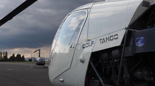Helicopter tours-Paris-Baptême de l'air en hélicoptère à Toussus le Noble, Île de France-5