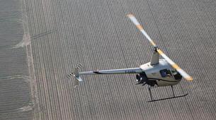 Helicopter tours-Paris-Baptême de l'air en hélicoptère à Toussus le Noble, Île de France-3