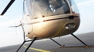 Helicopter tours-Paris-Baptême de l'air en hélicoptère à Toussus le Noble, Île de France-6