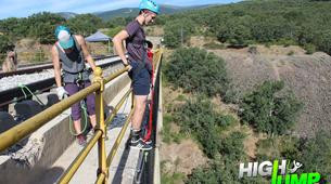 Bungee Jumping-Madrid-Puenting from Buitrago Bridge near Madrid-2