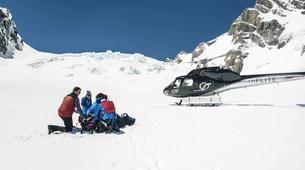Glacier hiking-Aoraki / Mount Cook-Tasman Glacier heli hiking tour-4