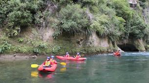 Kayaking-Taihape-Inflatable family kayaking on the Rangitikei River-2