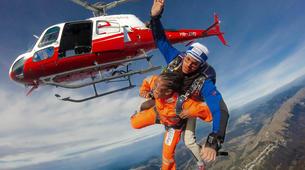 Skydiving-Interlaken-Tandem helicopter skydive over Interlaken or Lauterbrunnen-1