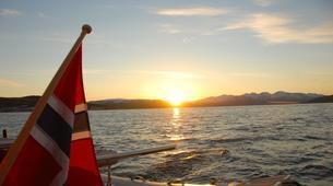 Voile-Tromsø-Midnight Sun Luxury Catamaran-6