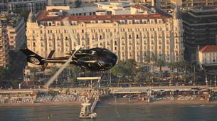 Helicoptère-Cannes-Vol panoramique Privé en hélicoptère au-dessus de la Côte d'Azur depuis Cannes-1