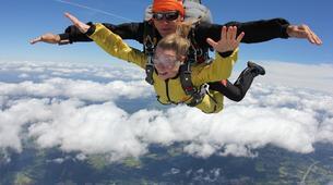 Skydiving-Liege-Tandem skydive from 4000m in Spa, Belgium-2