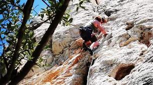 Escalade-Bagnères-de-Bigorre-Escalade dans la vallée de l'Adour, près du Pic du Midi-1