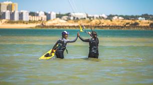 Kitesurfen-Lagos-Kitesurfing lessons and courses in Lagos, Portugal-2