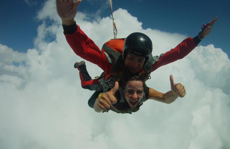 saut en parachute filme