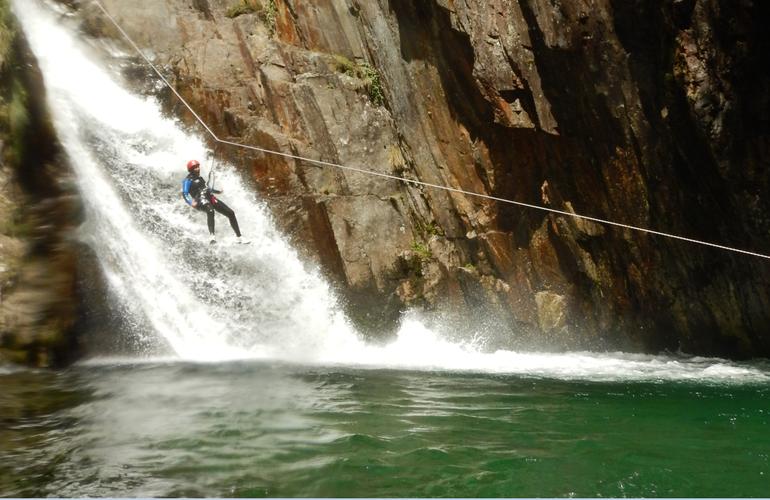 Canyon d 39 artigue en ari ge - Office de tourisme tarascon sur ariege ...