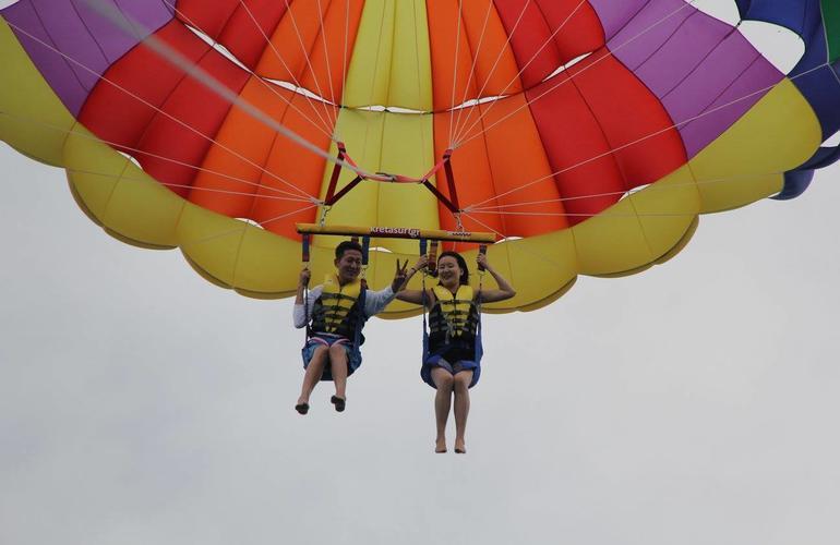 saut en parachute heraklion