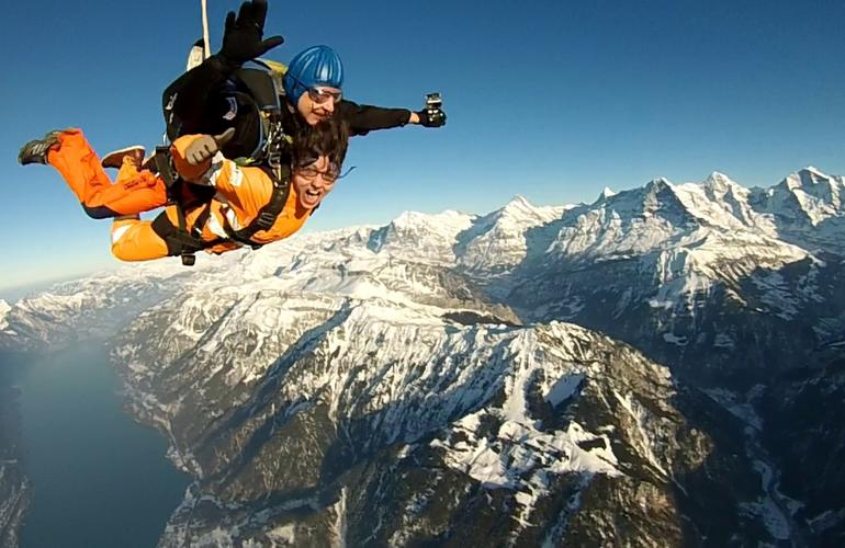 chute libre Interlaken Suisse