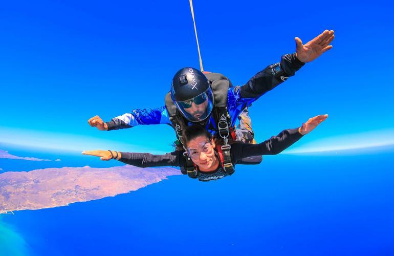 saut en parachute crete