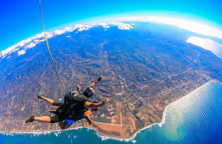 skydive crete grece