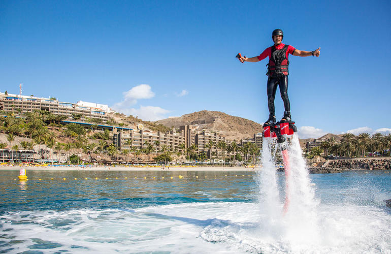 flyboard sessions in anfi del mar gran canaria. Black Bedroom Furniture Sets. Home Design Ideas