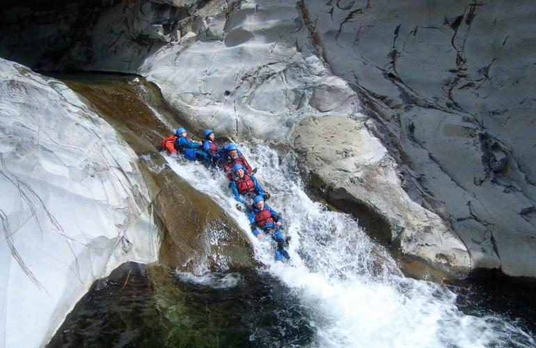canyoning in Reunion island
