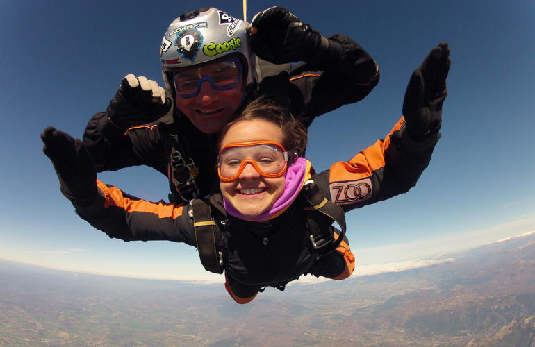 Tandem Skydive from 4000m near Rome