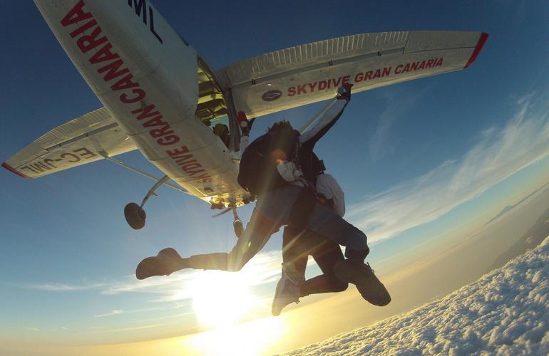 Tandem skydiving near Maspalomas, Gran Canaria