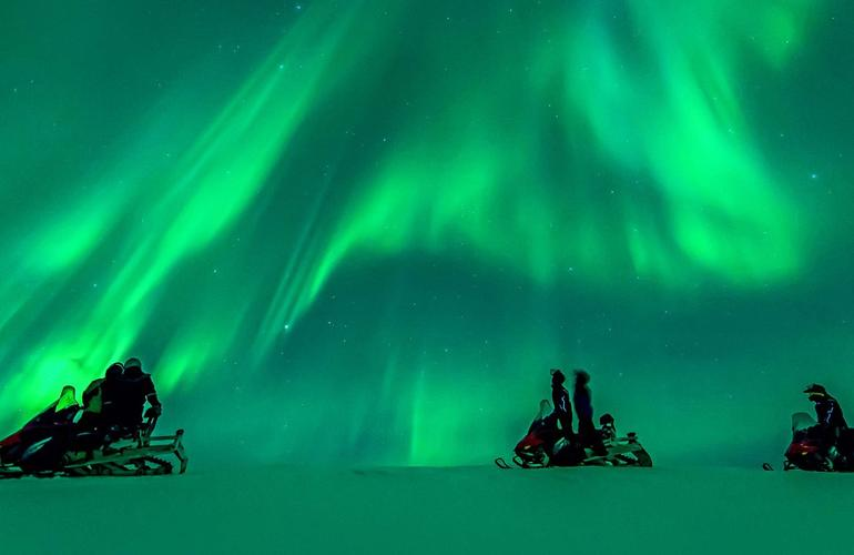 Northern Lights Snowmobile Safari In Rovaniemi