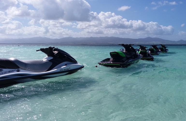 Randonn 233 Es Jet Ski Au Gosier Guadeloupe