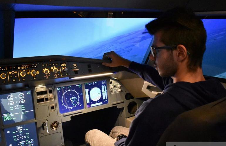 Airbus A320 Professional Flight Simulator Experience for