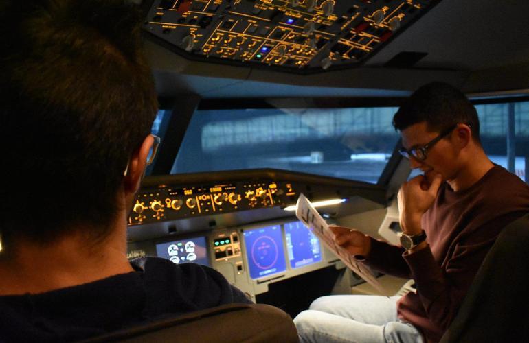 Airbus A320 Flight Simulator Experience near Venice